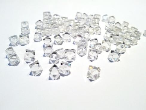 Diamantes en Bruto forma cúbica
